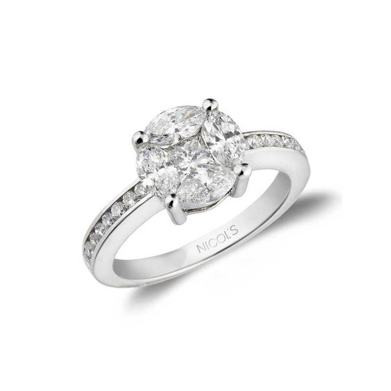 90f9c226043a Anillo de Compromiso SPRING LOVE NICOL´S. Anillo con motivo superior en  forma de rosetón que hace las veces de un gran solitario