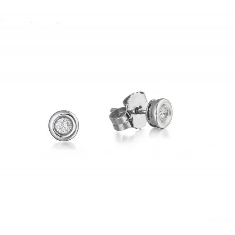 f8a204adc068 Pendientes de diamantes dormilonas LINDA para llevarlos todos los días