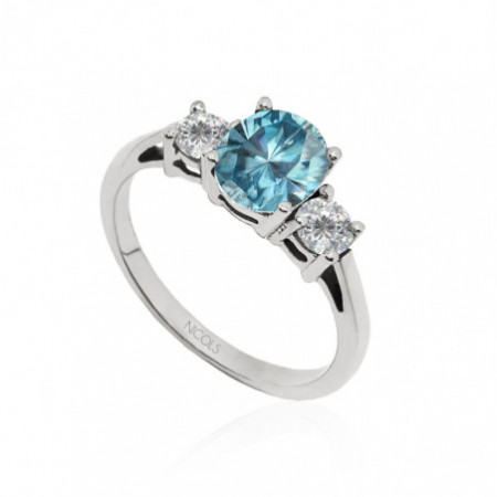 Blue Zircon Gold Ring and Diamonds